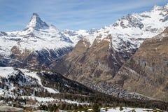 Vista di Zermatt e del Cervino Immagini Stock