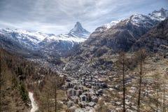 Vista di Zermatt e del Cervino Immagini Stock Libere da Diritti