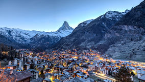 Vista di Zermatt e del Cervino Fotografia Stock