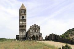 Vista dianteira da igreja do saccargia, sardinia Fotos de Stock Royalty Free