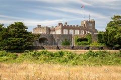 Vista dianteira do castelo de Walmer em Kent O castelo de Walmer foi construído dentro foto de stock