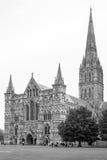 Vista dianteira ocidental da catedral de Salisbúria Salisbúria, Wiltshire, Reino Unido Foto de Stock Royalty Free