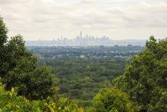 Vista distante de New York City céntrico Imagen de archivo libre de regalías