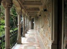 Vista do balcão no palácio de Quinta da Regaleira fotografia de stock