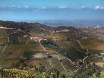 Vista do campo de Langhe em Piedmont foto de stock