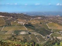 Vista do campo de Langhe em Piedmont imagem de stock