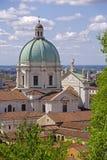 Vista do castelo de Bríxia, Lombardy Fotografia de Stock Royalty Free