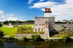 Vista do castelo de Narva foto de stock