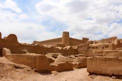 Vista do castelo de Rayen, Irã fotos de stock royalty free