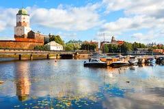 Vista do castelo de Vyborg da água Fotos de Stock Royalty Free