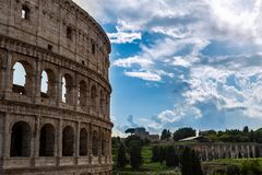 Vista do Colosseum ou do coliseu imagem de stock