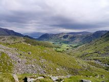 Vista do Combe ao vale de Borrowdale Fotos de Stock