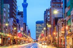 Vista do distrito de Asakusa no Tóquio, Japão Imagens de Stock