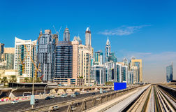 Vista do distrito de Jumeirah em Dubai fotografia de stock