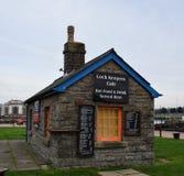 Vista do fechamento keeper' café de s no parque de Britiannia imagem de stock
