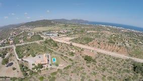 Vista do filho Servera ao mar - voo aéreo, Mallorca filme