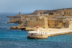 Vista do forte Rinella de St Elmo, Valletta imagem de stock royalty free