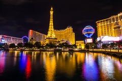 Vista do hotel e do casino de Paris Las Vegas no nigth, LAS VEGAS, EUA Imagens de Stock