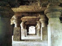 A vista do interior de Ellorra-Ajanta cava, Maharashtra, Índia, Ásia fotografia de stock royalty free