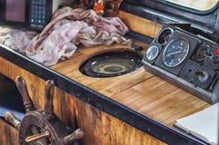 Vista do interior do barco velho Fotos de Stock Royalty Free