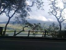 Vista do lago buyan do wanagiri bali da estrada fotos de stock royalty free