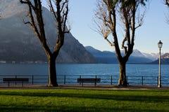 Vista do lago Como de Lecco, Itália Fotos de Stock