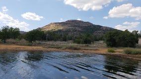 Vista do lago Elmer Thomas fotos de stock
