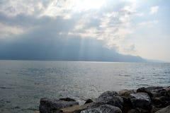 Vista do lago Genebra no alvorecer Imagens de Stock
