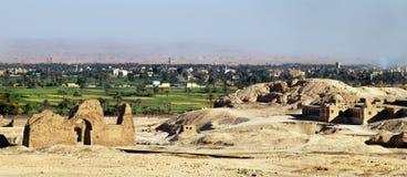 Vista do Luxor do complexo de EL-Bahari de Deir Imagens de Stock