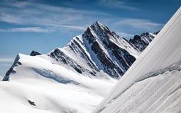Vista do maciço de Eiger, de Monch e de Jungfrau, cumes suíços, Suíça, Europa Fotos de Stock