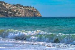 Vista do mar na praia de Granada imagem de stock