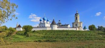 Vista do monastério de Vysotsky Fotos de Stock