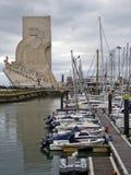 Vista do monumento às descobertas em Lisboa Fotos de Stock Royalty Free