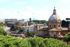 Vista do monumento nacional ao sudeste, Roma imagens de stock
