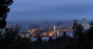 Vista do parque do upland em Baku fotos de stock