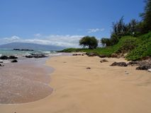 Vista do parque I da praia de Kamaole em Maui, Havaí fotos de stock royalty free