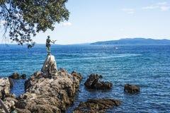 Vista do passeio de Opatija em Istria no dia de verão ensolarado fotografia de stock