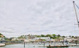 Vista do porto de Torquay imagens de stock