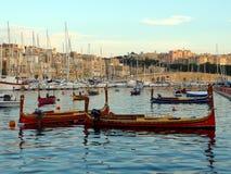 Vista do porto do porto e da cidade grandes de Birgu em Malta fotografia de stock