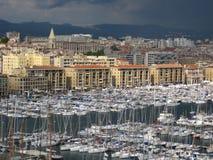 Vista do porto velho da cidade de Marselha em França Foto de Stock Royalty Free