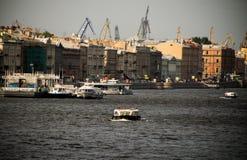 Vista do rio de Neva Imagens de Stock