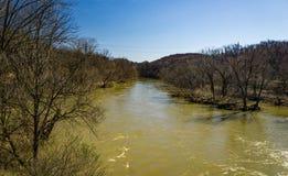Vista do rio de Roanoke na fase da inundação fotos de stock royalty free