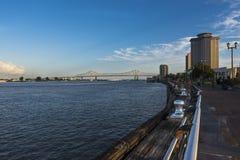 Vista do rio Mississípi no beira-rio de Nova Orleães Imagem de Stock