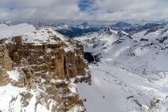 Vista do Sass Pordoi na parte superior de Val di Fassa Fotos de Stock Royalty Free