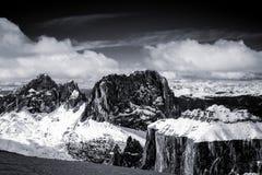 Vista do Sass Pordoi na parte superior de Val di Fassa Imagem de Stock