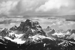 Vista do Sass Pordoi na parte superior de Val di Fassa para Foto de Stock Royalty Free