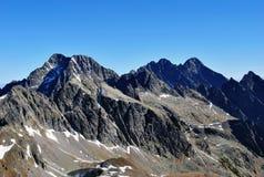 Vista do sedlo do priecne ao stit de Lomnicky, Tatras alto, Eslováquia Fotos de Stock