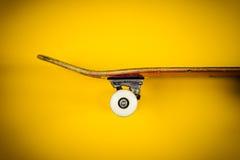 Vista do skate no fundo Imagens de Stock