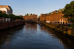 Vista do Speicherstadt, igualmente chamada cidade de Hafen, em Hamburgo, Imagem de Stock Royalty Free