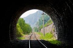 Vista do túnel de estrada de ferro velho Fotografia de Stock